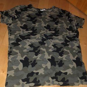 Cargo tee shirt